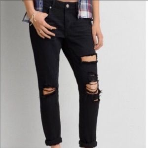 American Eagle Tomgirl Distressed Black Jeans